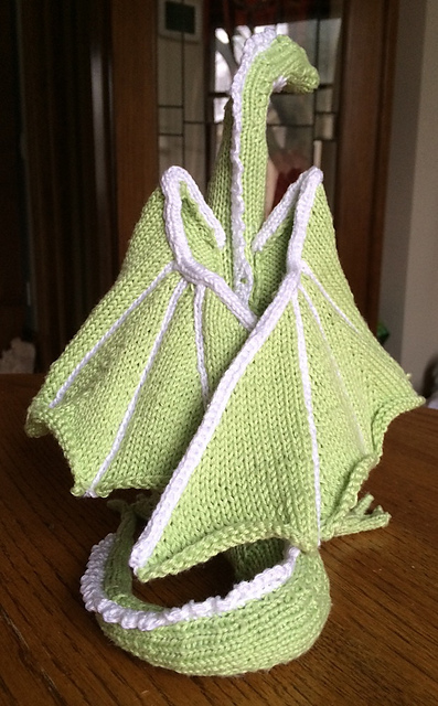 Kim Harrisons Knitted Dragon